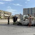 Esplode un'auto a gas tra Via Tenente Domenico Modugno e via Piepoli
