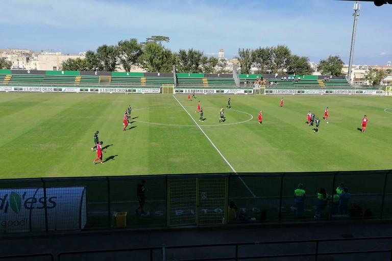 Bitonto-Brindisi, un'azione di gioco. <span>Foto Vito Troilo</span>