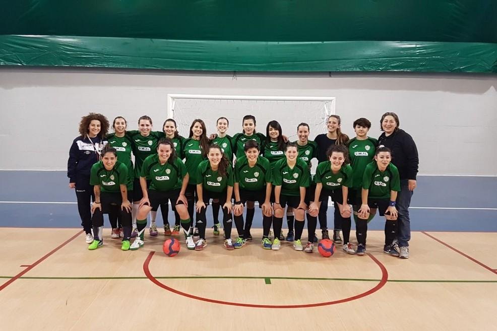La squadra femminile dell'Atletico al gran completo