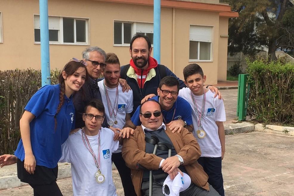 Il gruppo della Polisportiva Elos. <span>Foto Anna Rita Fasano</span>