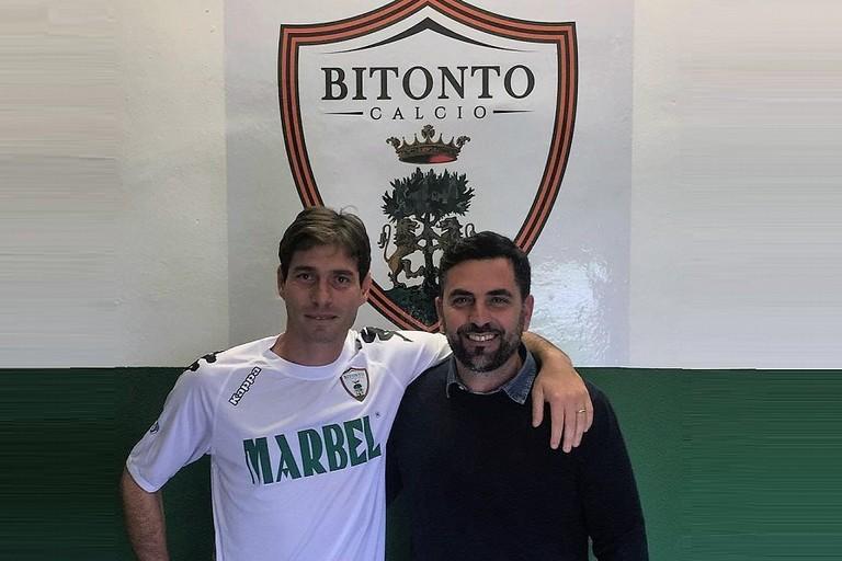 Il DG Francesco Mancazzo col nuovo acquisto Anaclerio