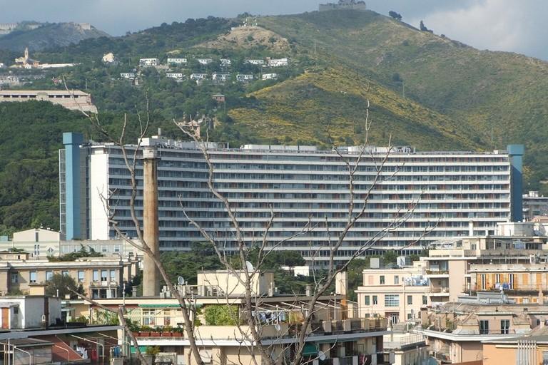 Il Monoblocco dellospedale San Martino di Genova