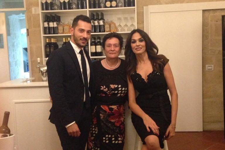 Linaugurazione con Mariagrazia Cucinotta