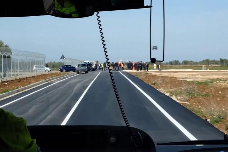 Linaugurazione della nuova pista dellAeroporto di Bari Palese