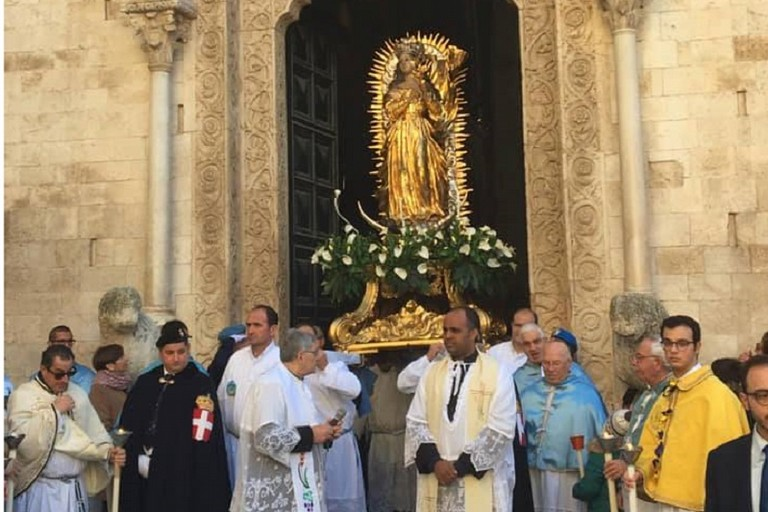 Stamattina a Bitonto la processione dell'Immacolata