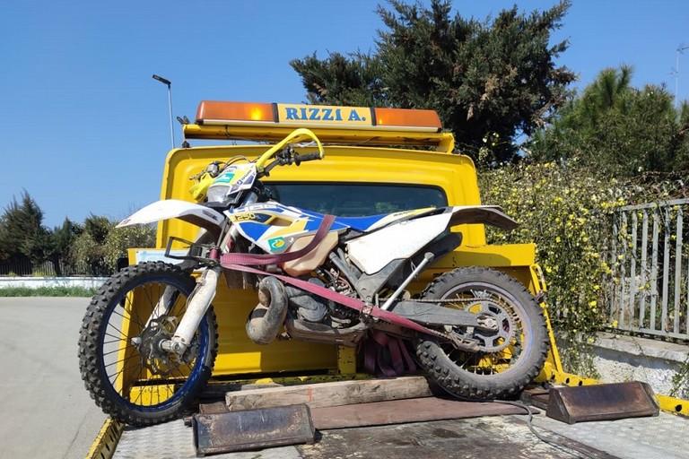La moto dopo lincidente jfif