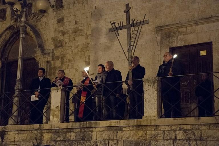 La Via Crucis meditata per le vie del centro storico di Bitonto