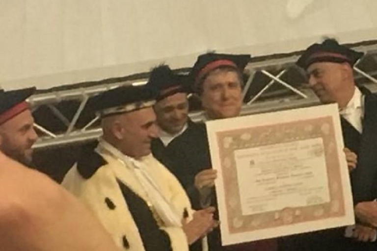 Laurea Honoris Causa don Ciccio Savino