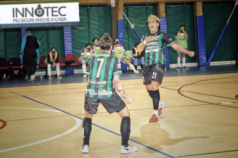 Le ragazze del Futsal in campo