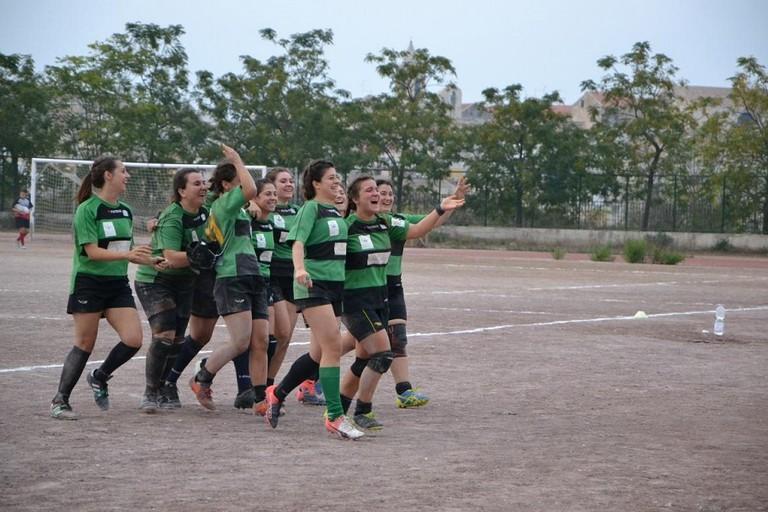 Le rugbyste bitontine festeggiano il secondo posto in coppa italia JPG
