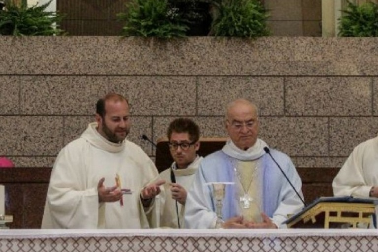 Monsignor Padovano nella Basilica dei Ss Medici