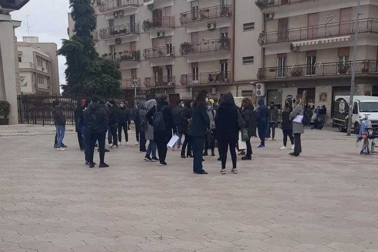 Parrucchieri ed estetisti in protesta a Bitonto