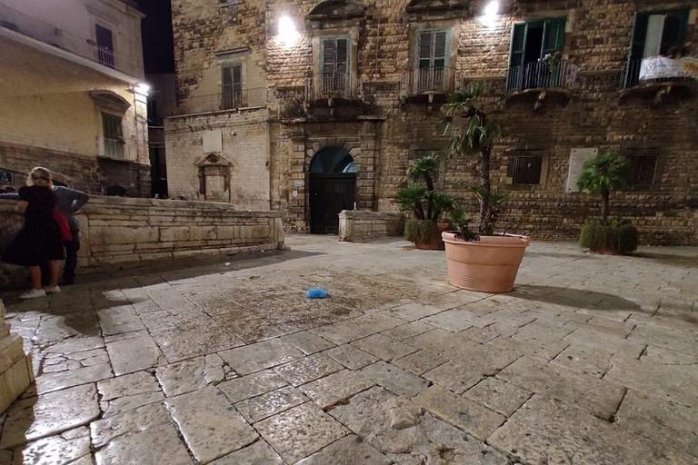 Piazza Cattedrale disabitata