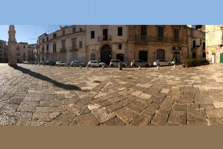 Piazza Cattedrale dopo il blitz jfif