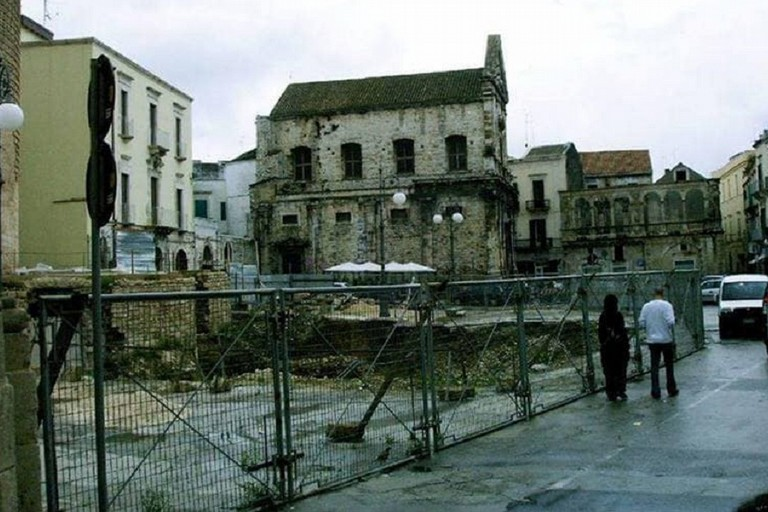 Piazza Cavour prima della fase di riqualifica