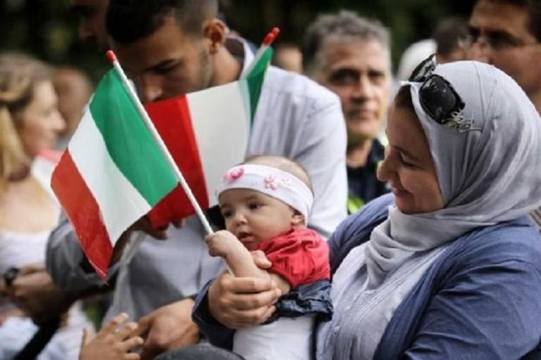 Cittadinanza ai nati in Italia da immigrati: un convegno della federazione Pares per discutere sul tema
