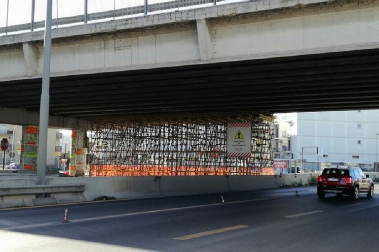Ponte danneggiato sulla Ss 96 a Modugno ancora fuori uso