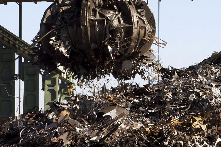 Discarica materiali ferrosi