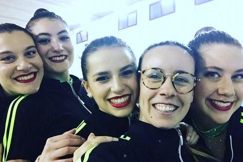 Le ragazze dell'Iris che hanno vinto a Lizzanello