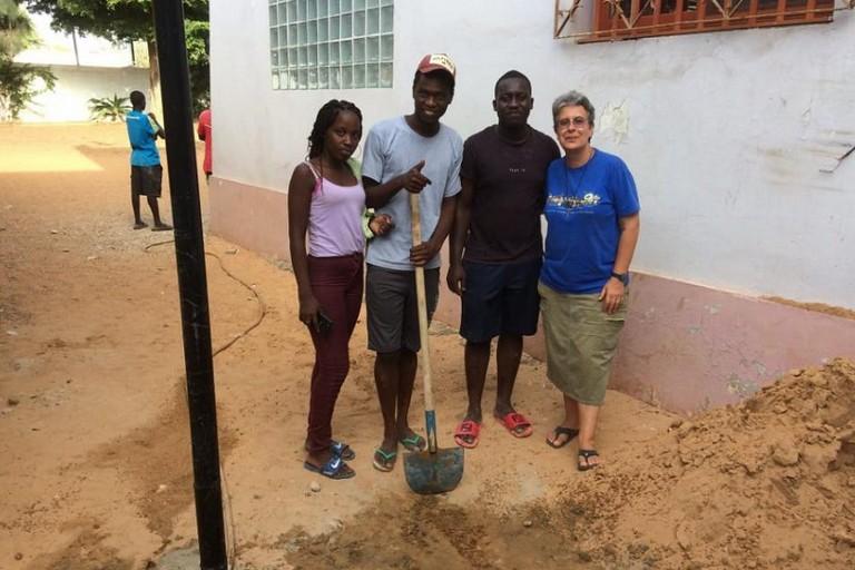 Suor Grazia Anna Morelli nella sua missione in Senegal