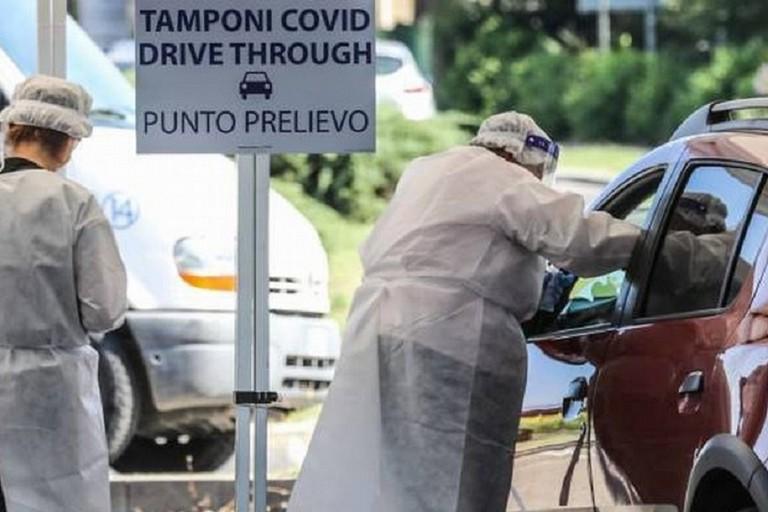 Tamponi drive through